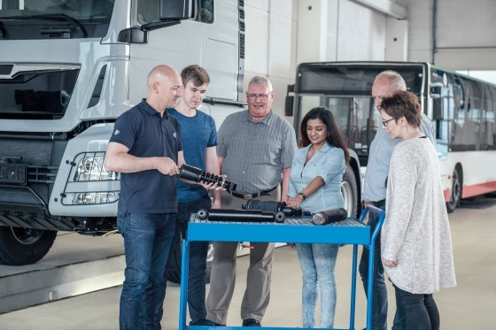 ZF Aftermarket training courses for passenger cars, trucks, buses and construction and agricultural machinery